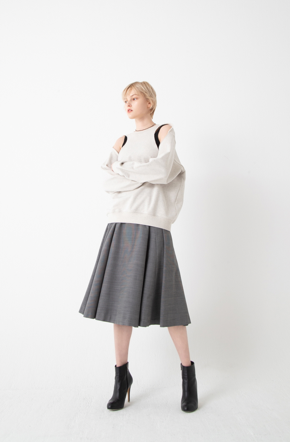 GREY TULIP SILHOUETTE FLARE SKIRT